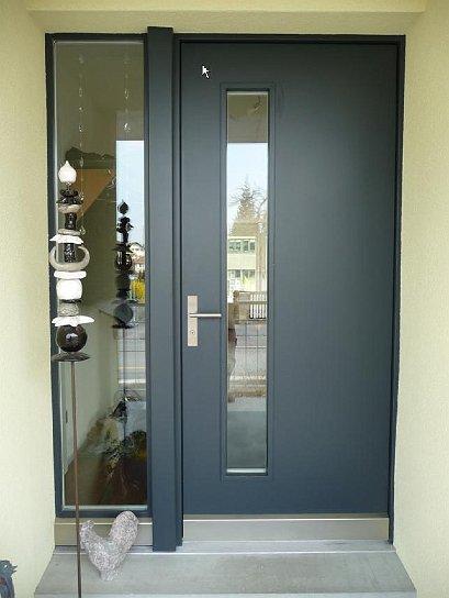 Haustüren anthrazit mit seitenteil  Thalhammer Türen